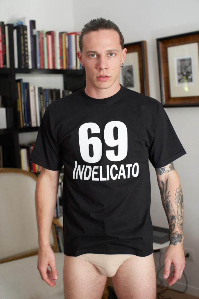 T-shirt Indelicato 69